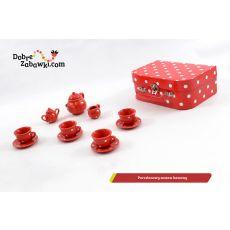 Czerwona porcelana