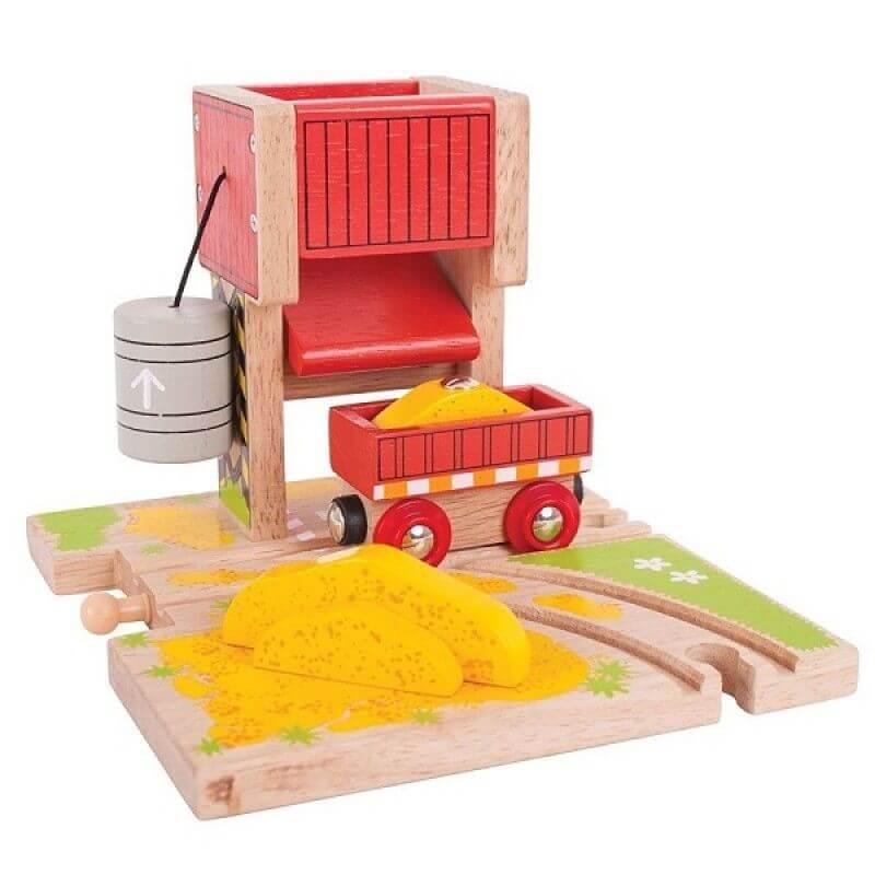 Załadownia piasku do kolejki drewnianej